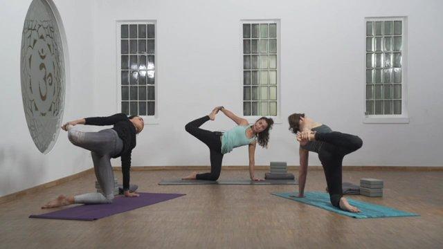 """Vinyasa Yoga """"Hüfte"""""""